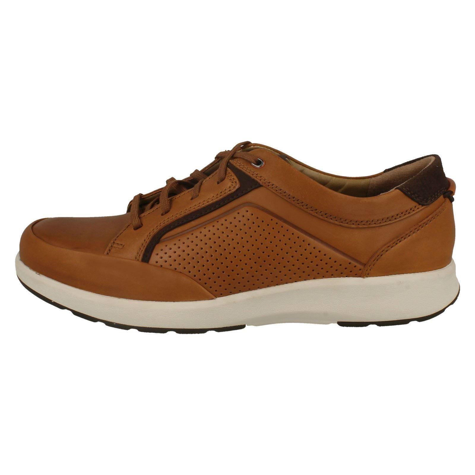 Mens-Clarks Casual Lace Up Shoe Un Trail Form