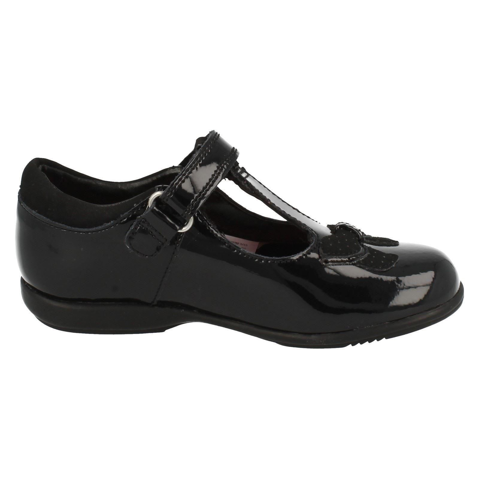 Girls Clarks School Shoes /'Trixi Bell/'