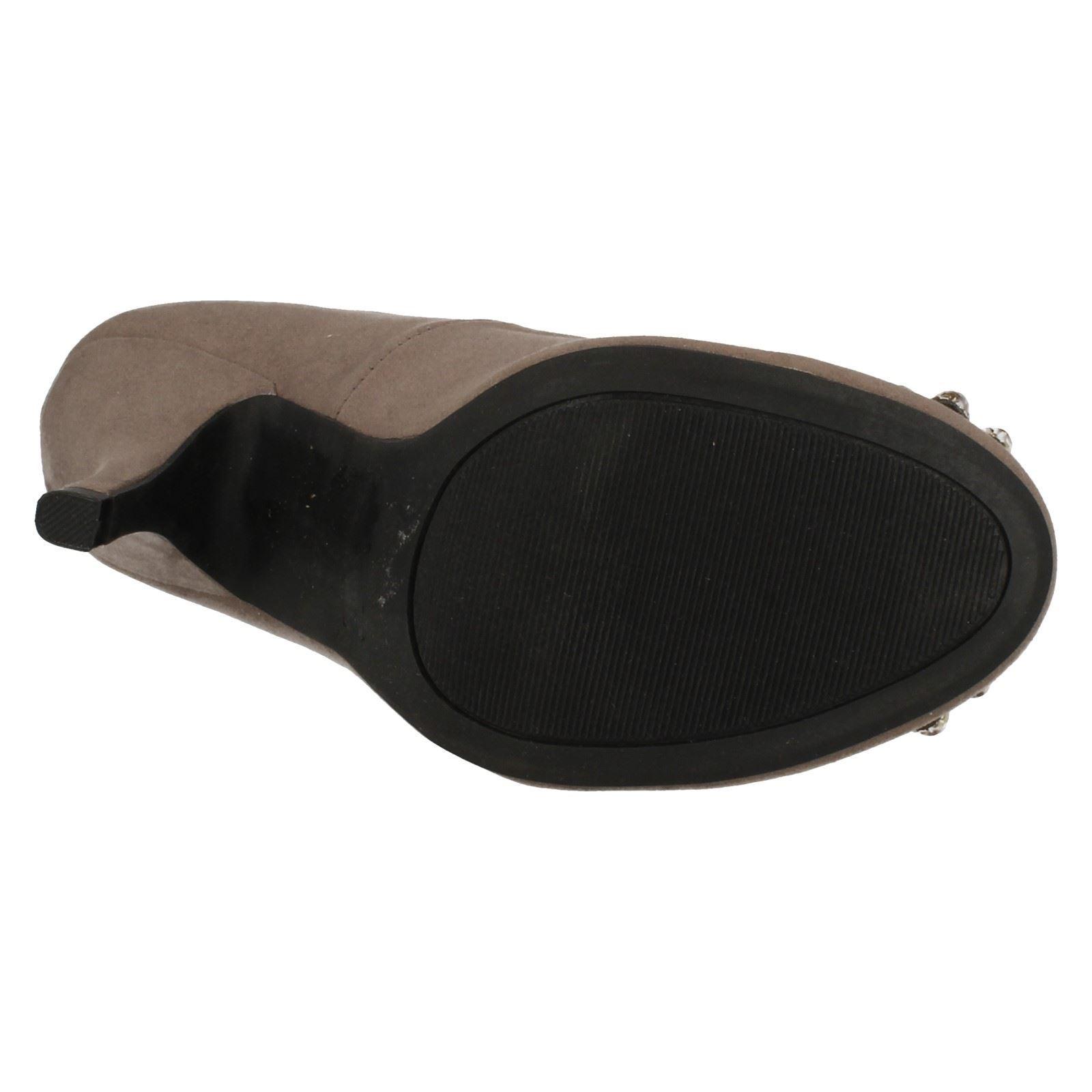Ladies Anne Michelle Court Shoe /'Heels/'