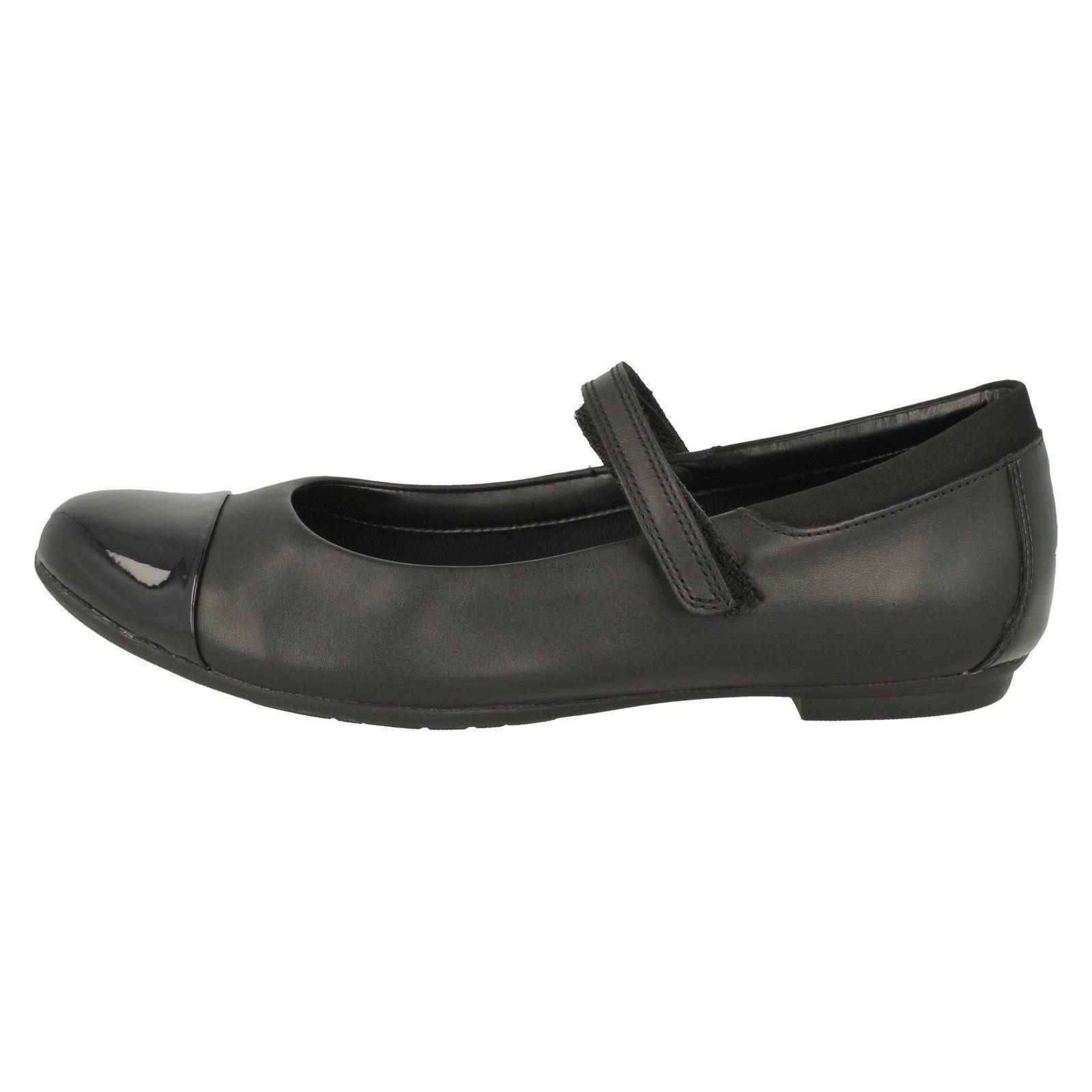 Tizz Talk /'Girls Clarks/' Mary Jane Style School Shoes