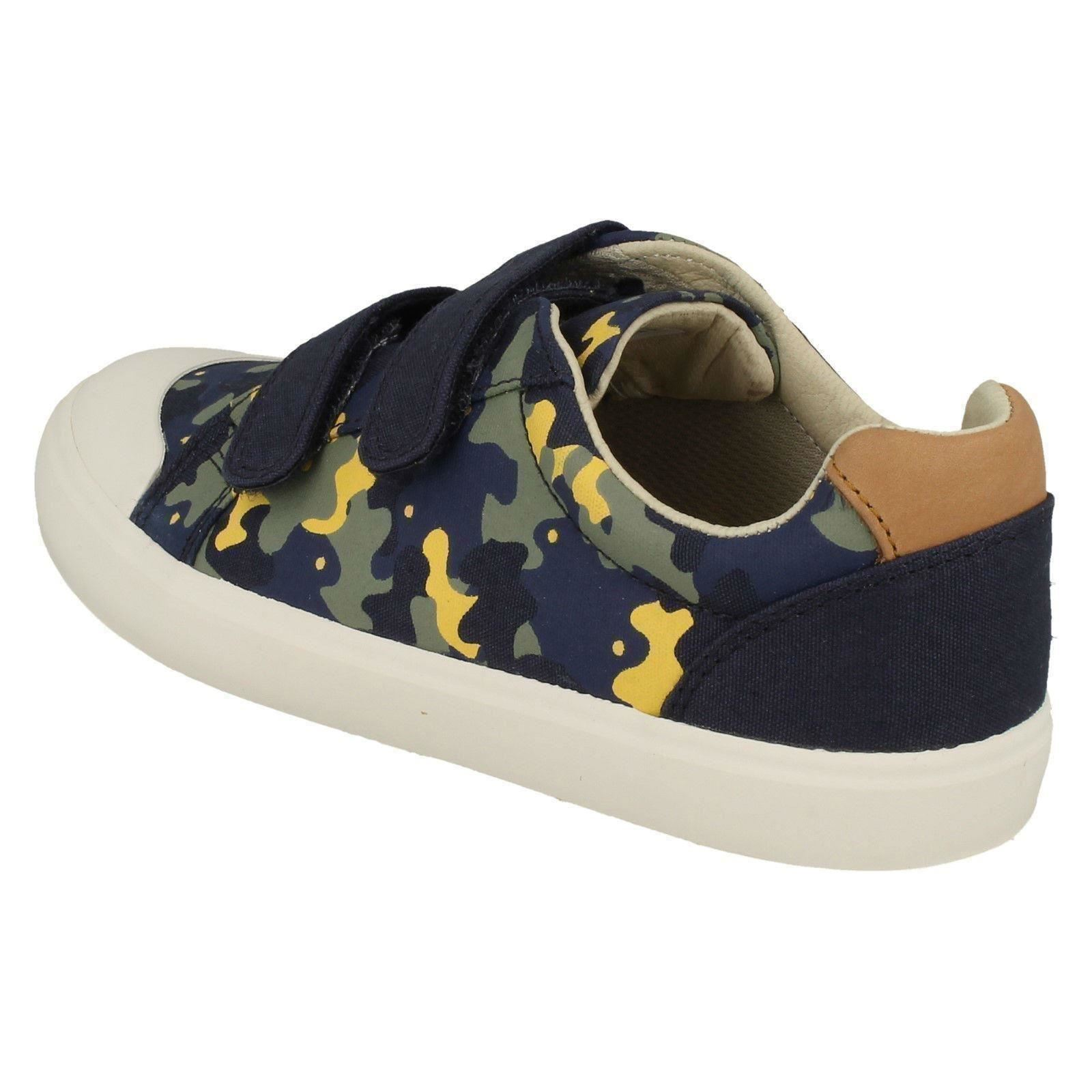Boys Clarks Comic Air Canvas Shoes
