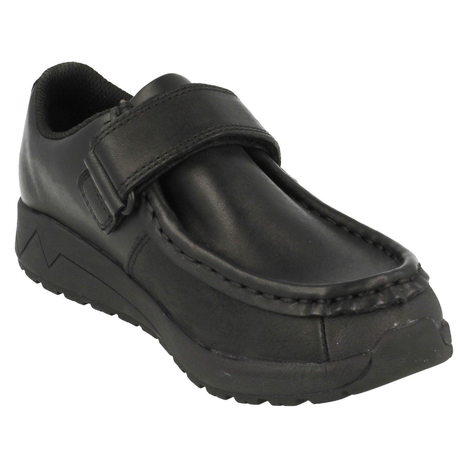 Boys Clarks School Shoes /'Jojen Trek/'