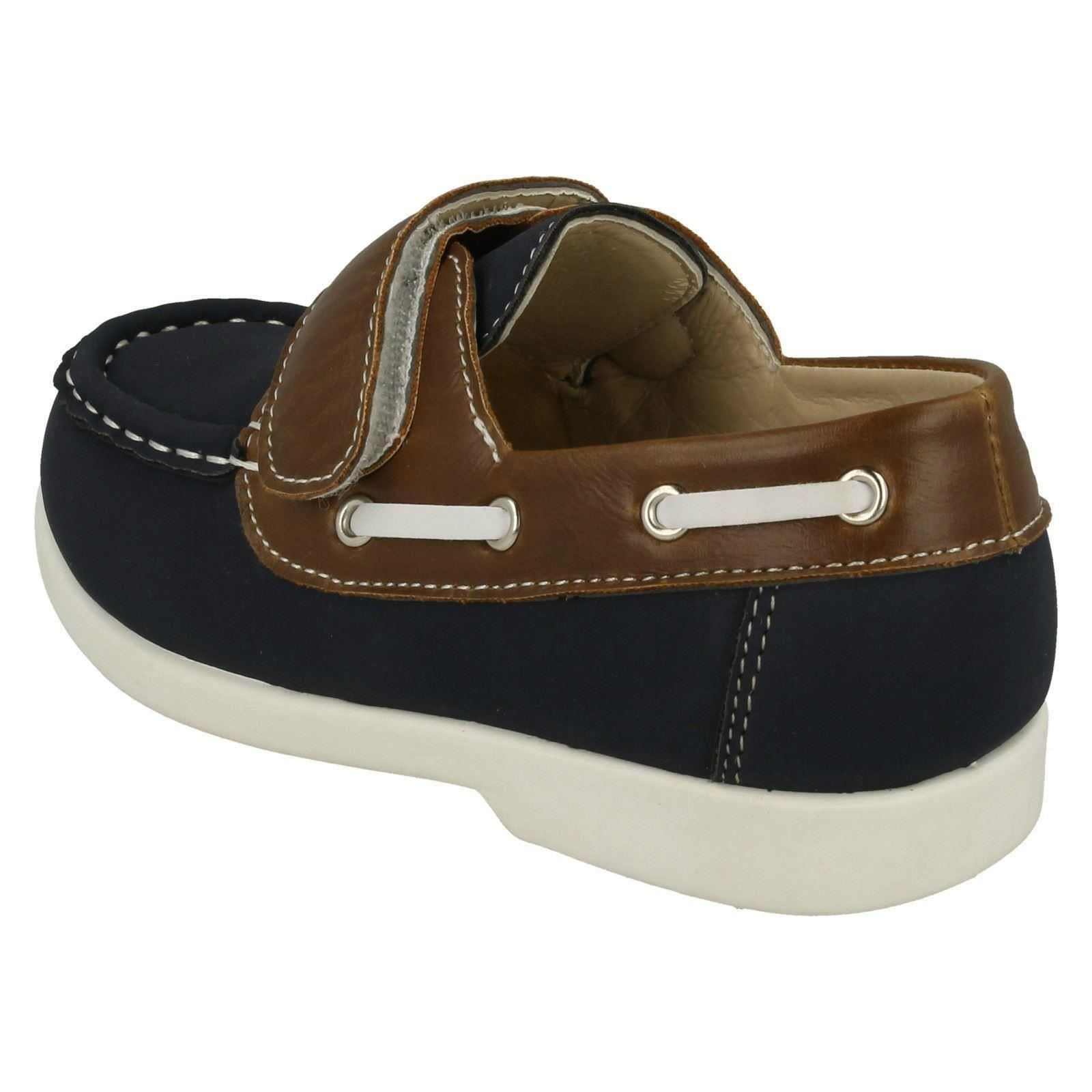 Boys JCDees Loafer Style /'Shoes/'