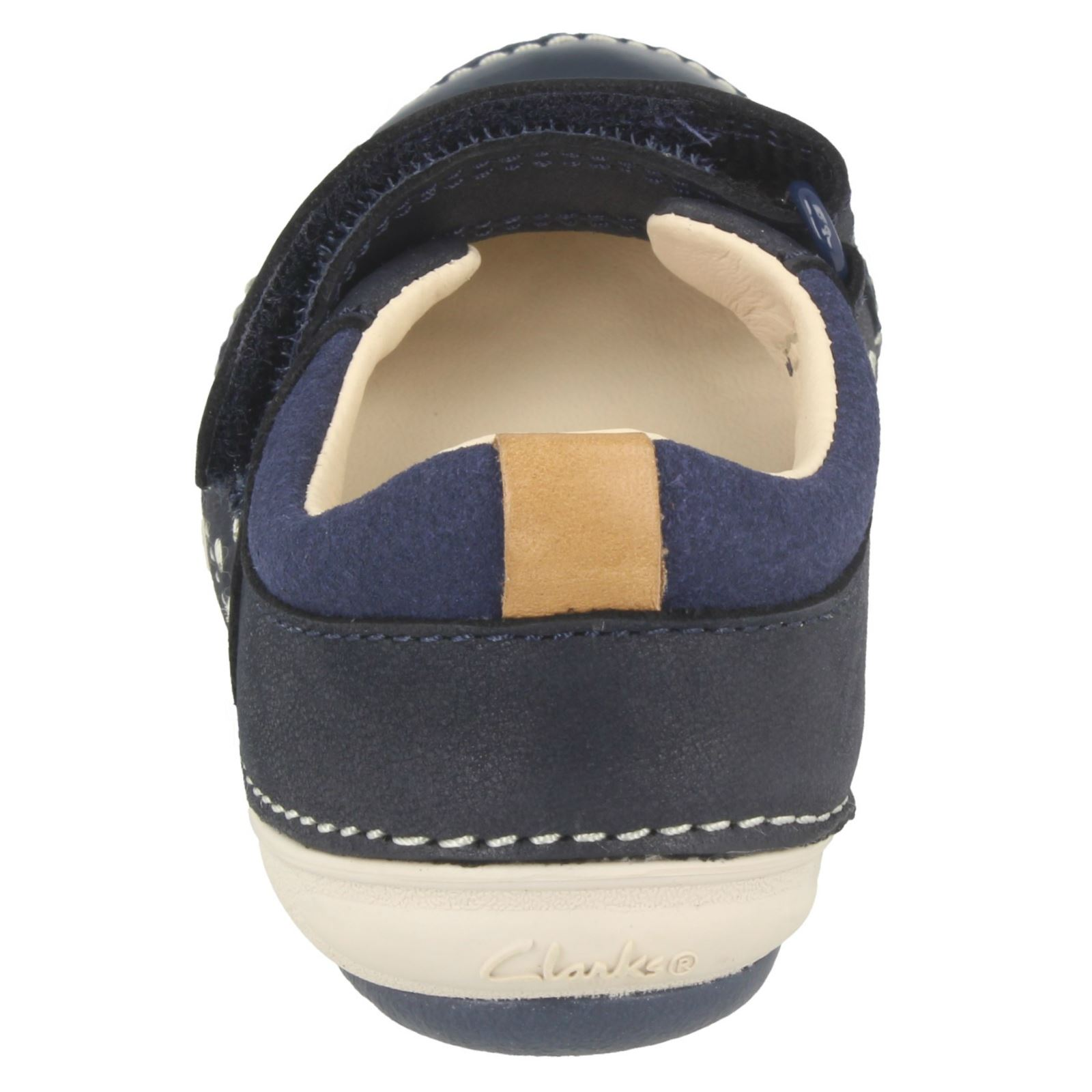 Clarks Girls First Shoes Casual Flats Softly Lou