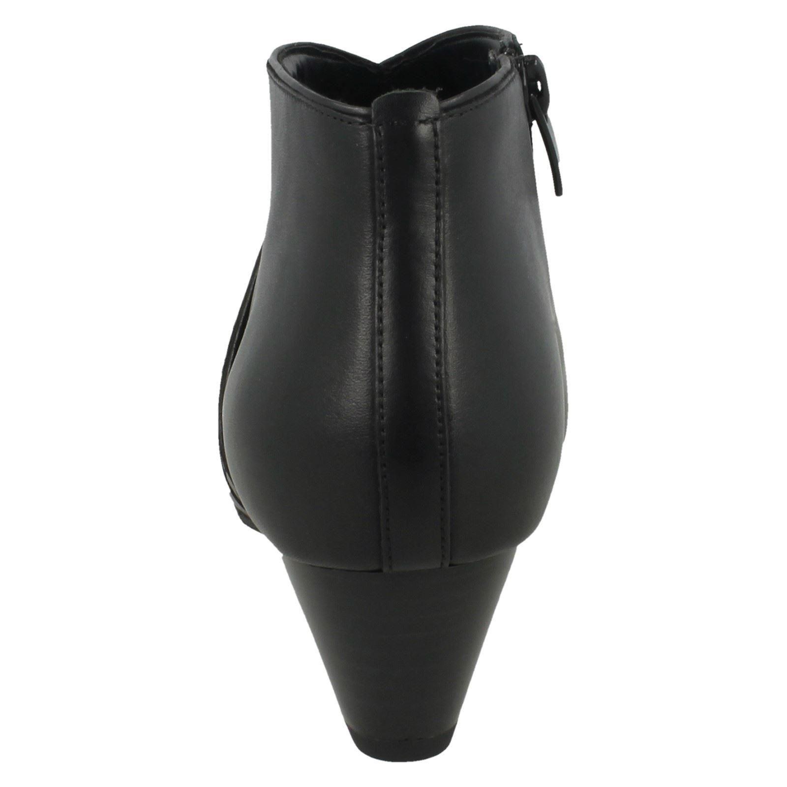 Clarks Ladies Ankle Boots Denny Frances