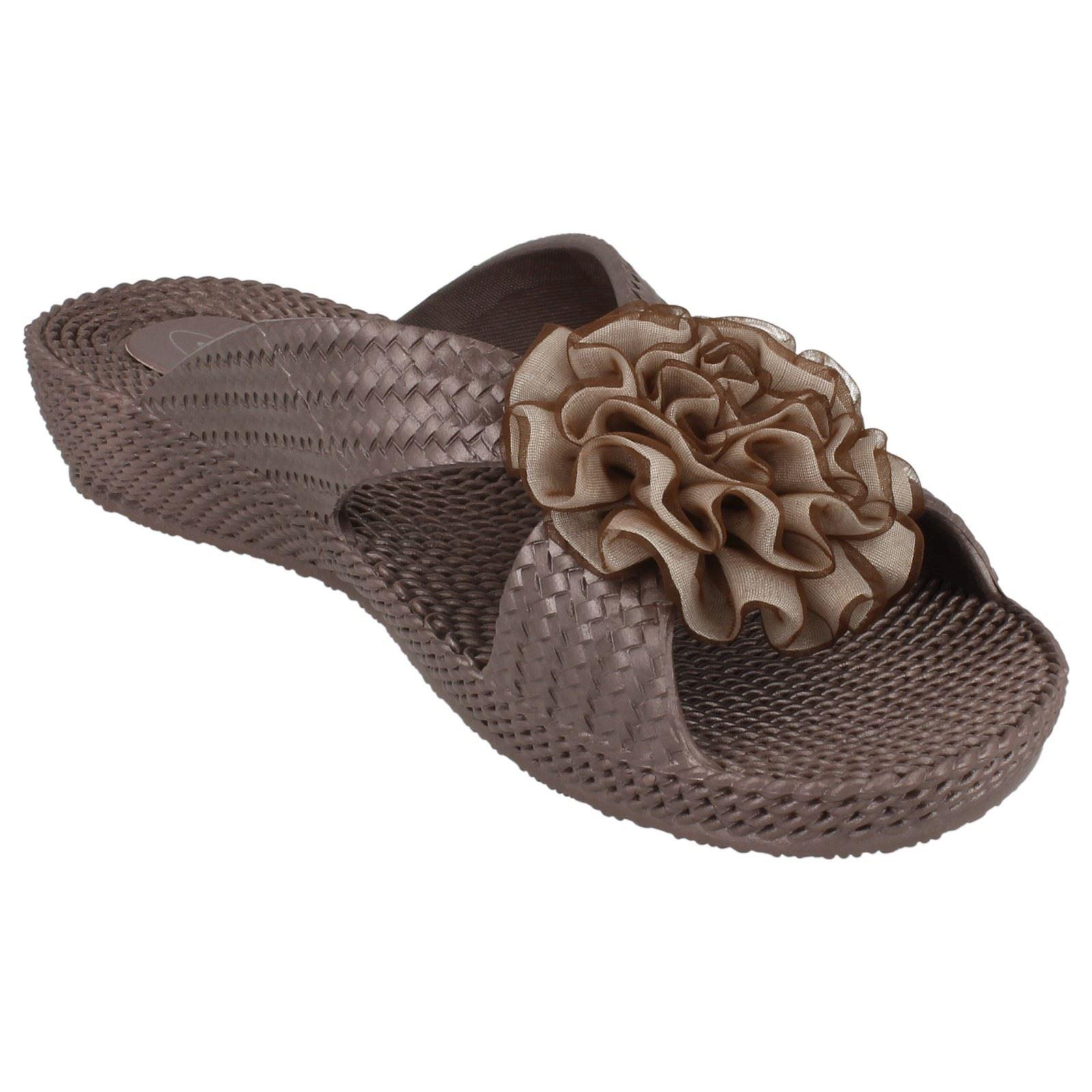 Ladies Spot On Mid Wedge Rosette Vamp /'Sandals/'