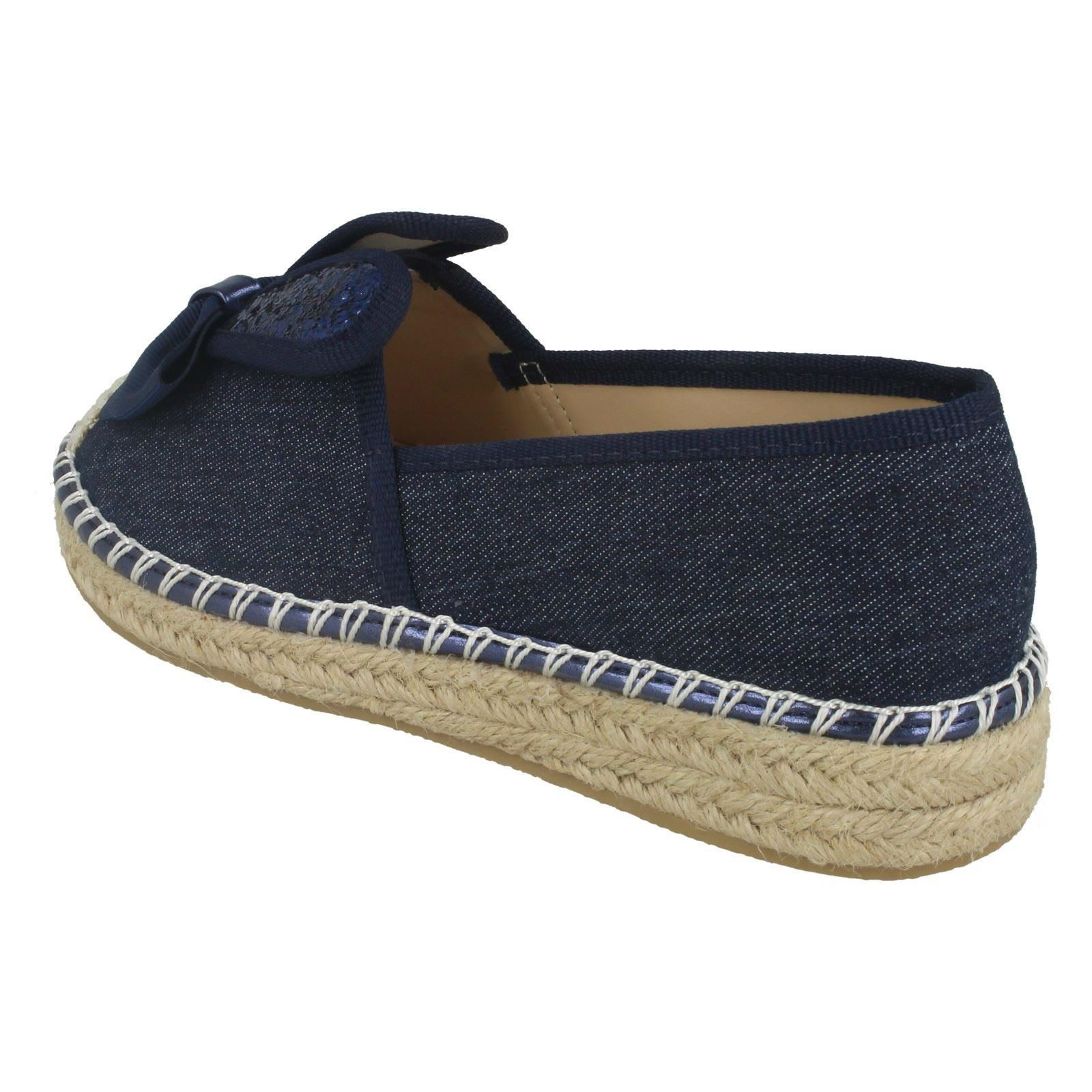 /'Girls Spot On/'  Bunny Ears Casual Shoes H2R417