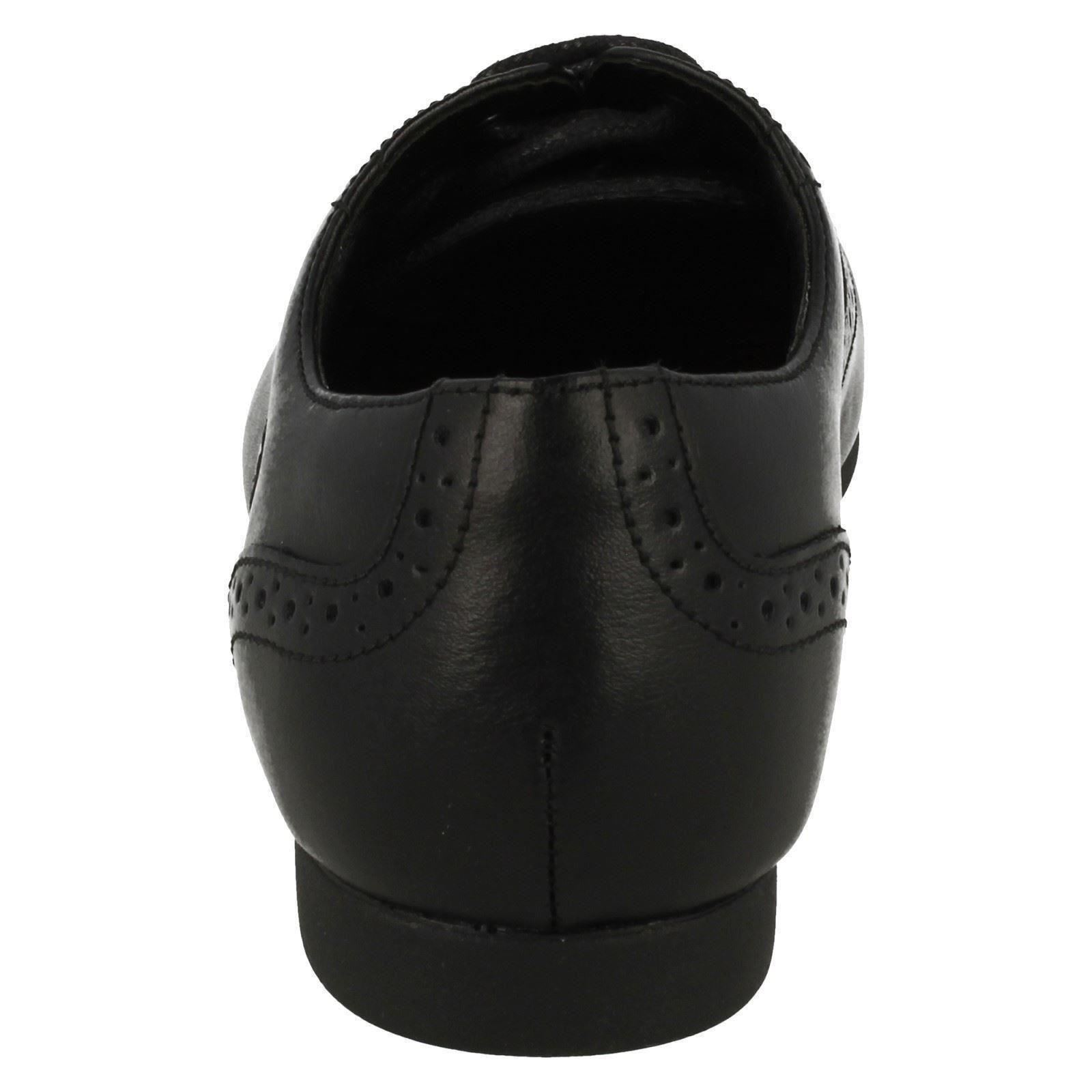Girls Clarks Brogue Style Lace Up Patent//Leather School Shoes Selsey Cool