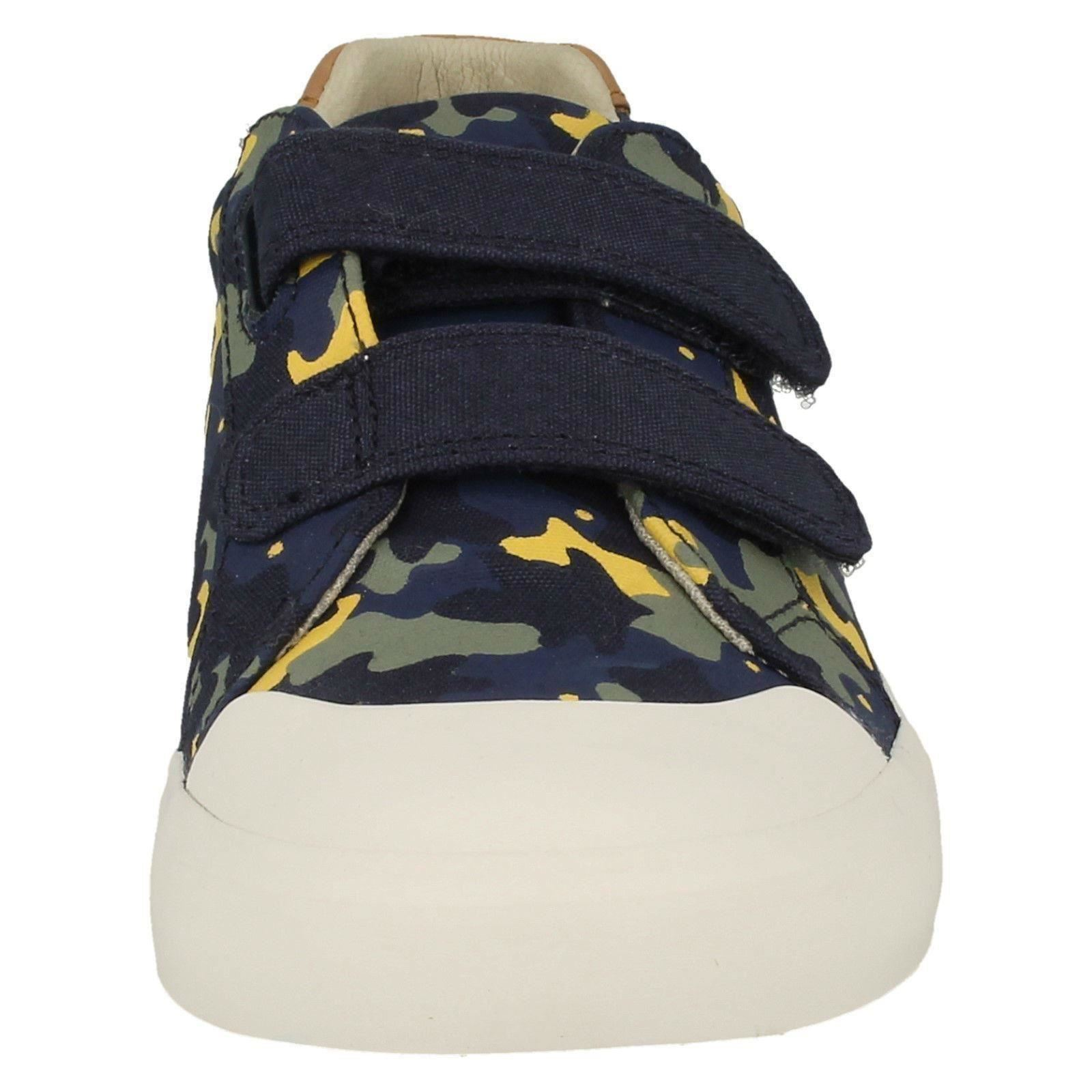 Boys Clarks Canvas Shoes *Comic Air*
