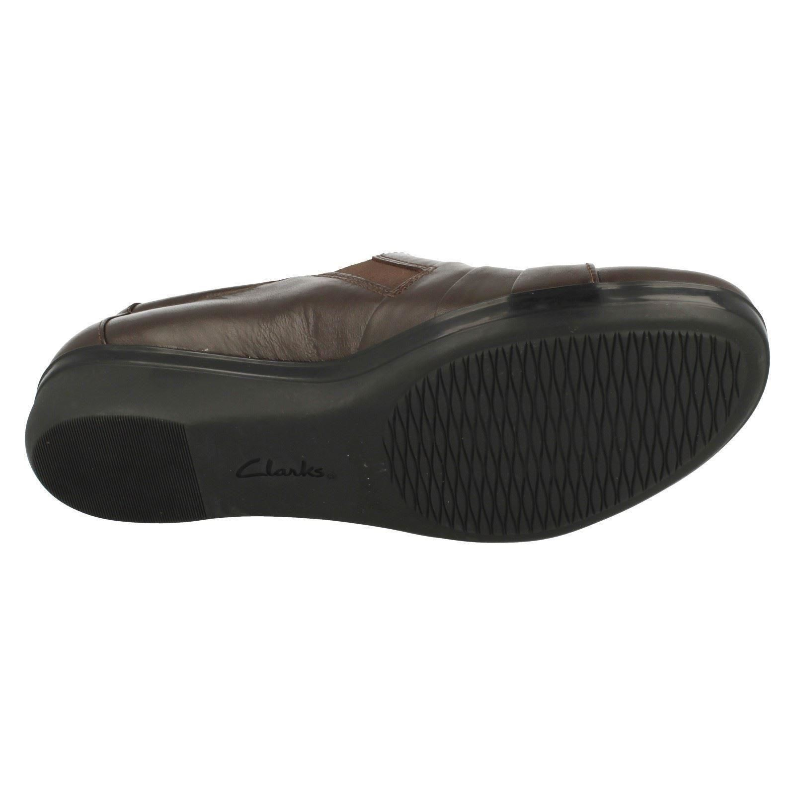 Ladies Clarks Everlay Luna Smart Shoes