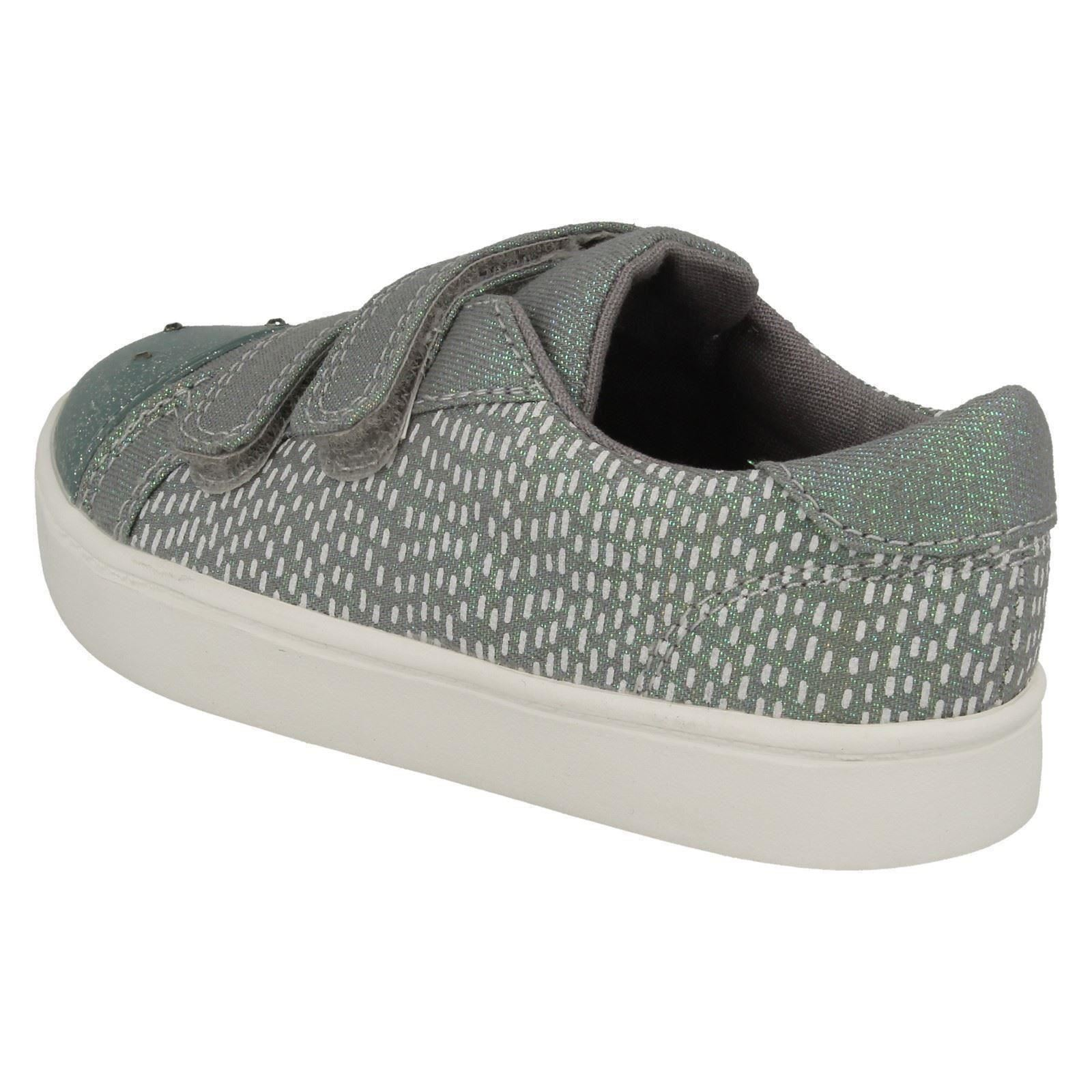 Pattie Lola Girls Clarks Casual Canvas Shoes