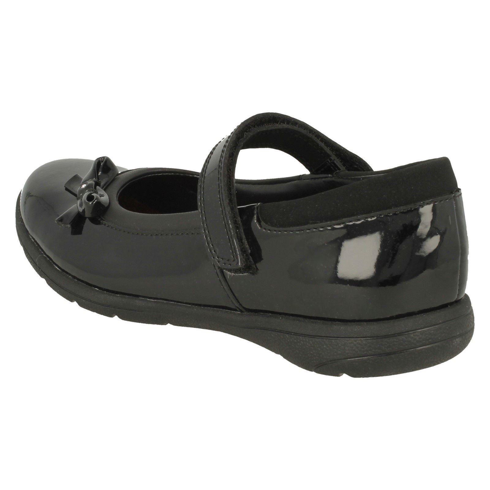 Venture Star Clarks Girls Hook /& Loop Bow School Shoes