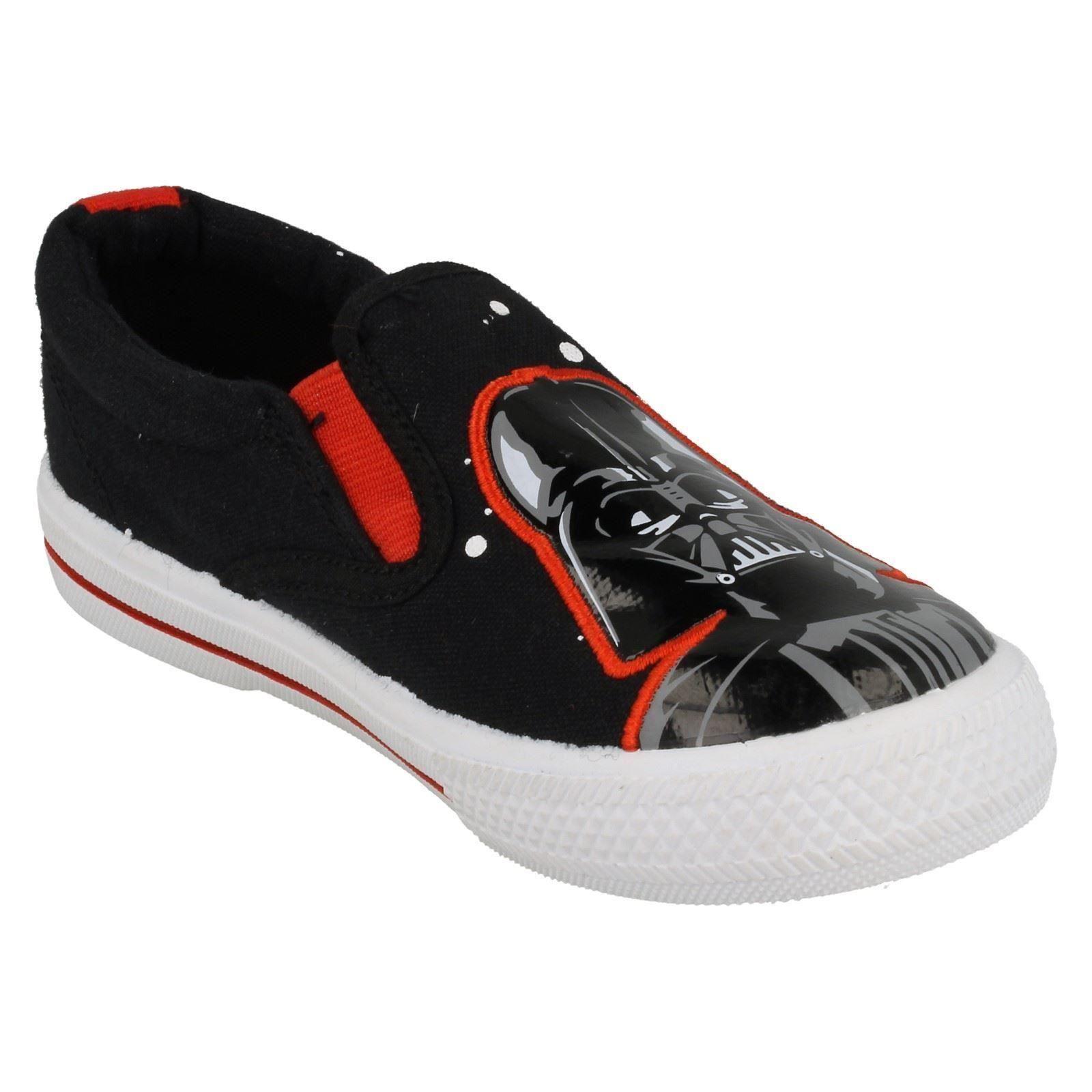 Boys Star Wars /'Earl/' Slip On Canvas Shoe