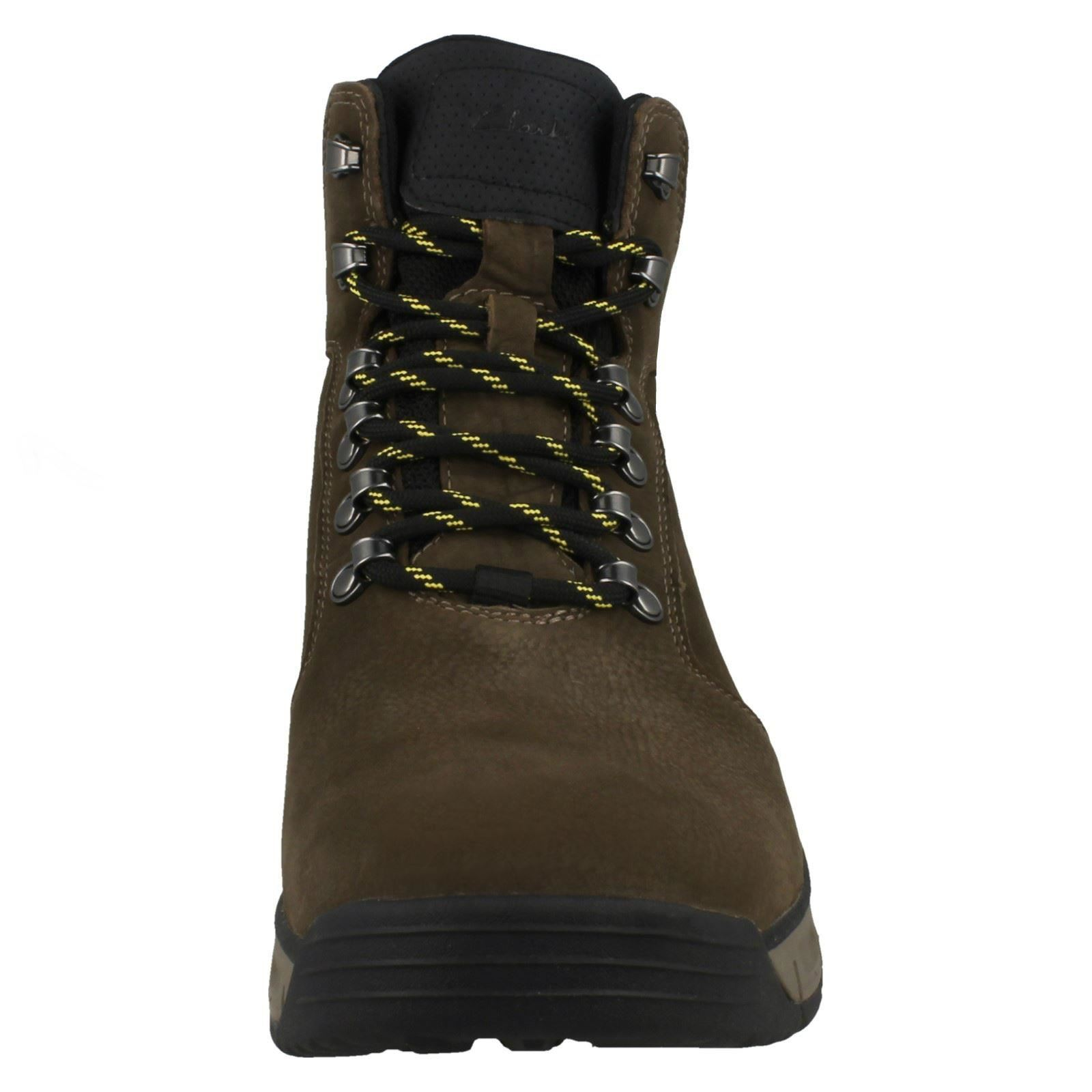 Mens Clarks Lace Up Nubuck Leather Walking Boots Edlund Lo GTX