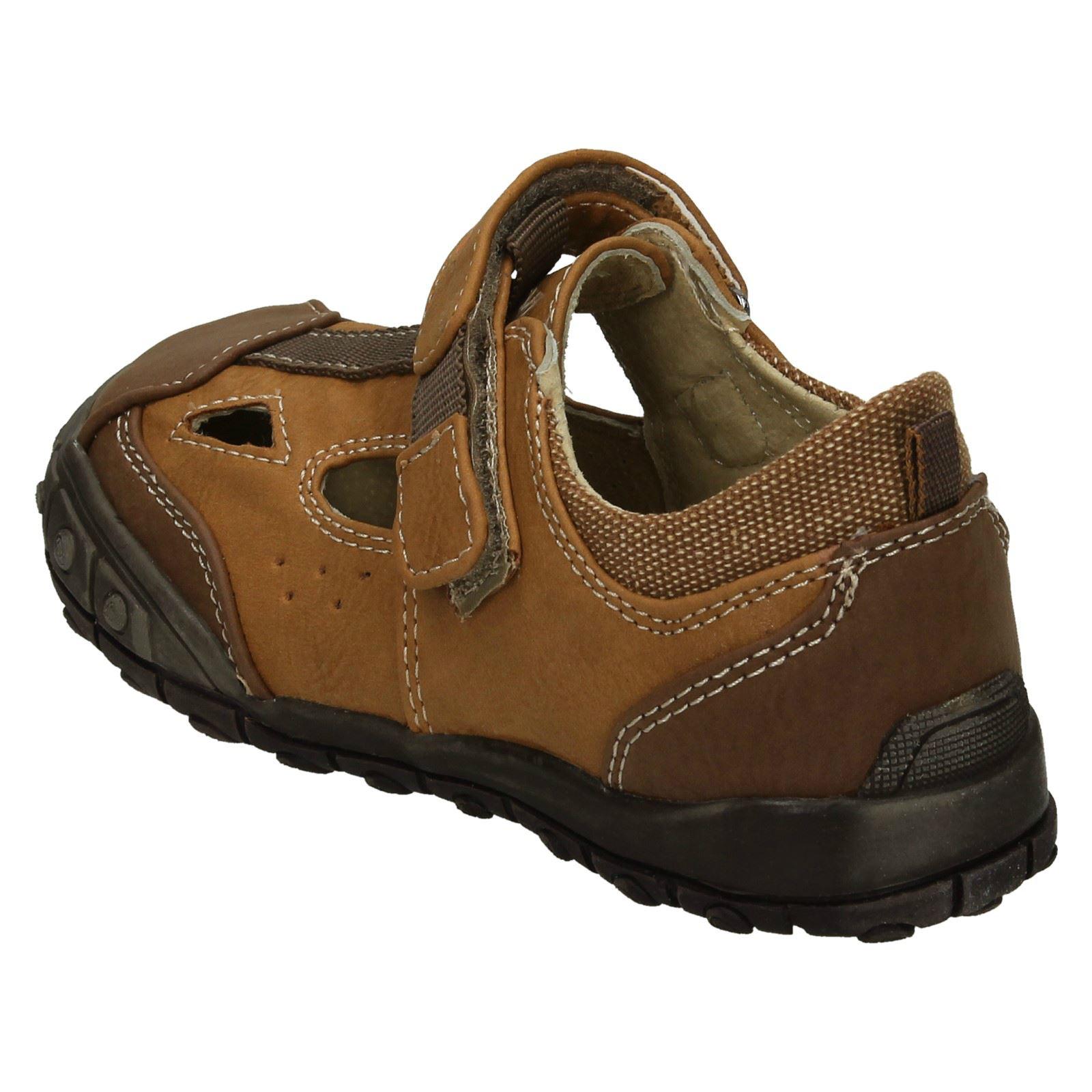 Boys JCDees Flat Hook /& Loop Casual Shoes