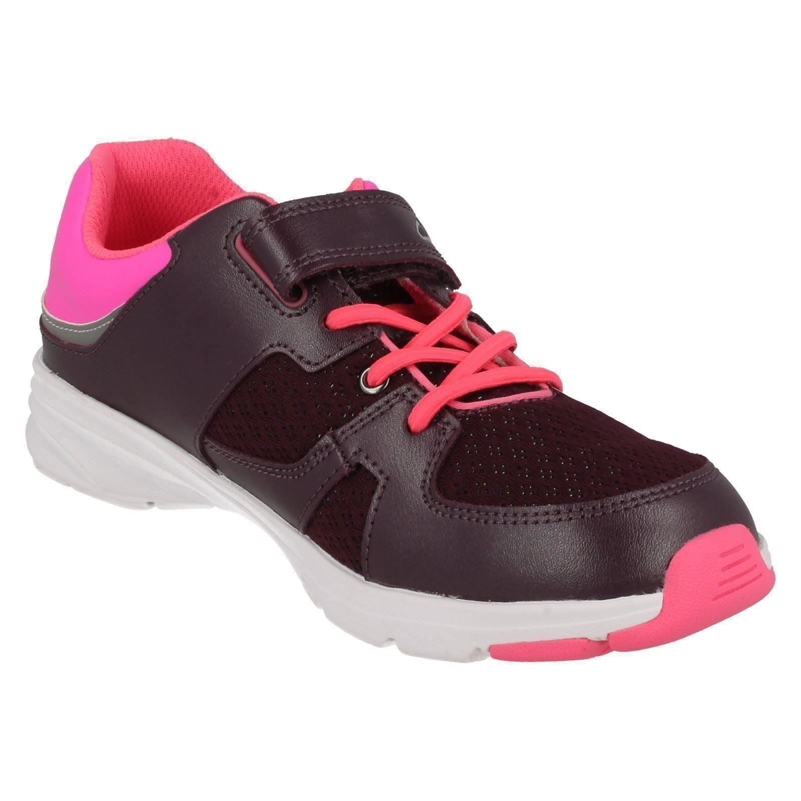 Girls Clarks Gloforms Rounded Toe Casual Hook /& Loop Leather Trainers ReflectGlo
