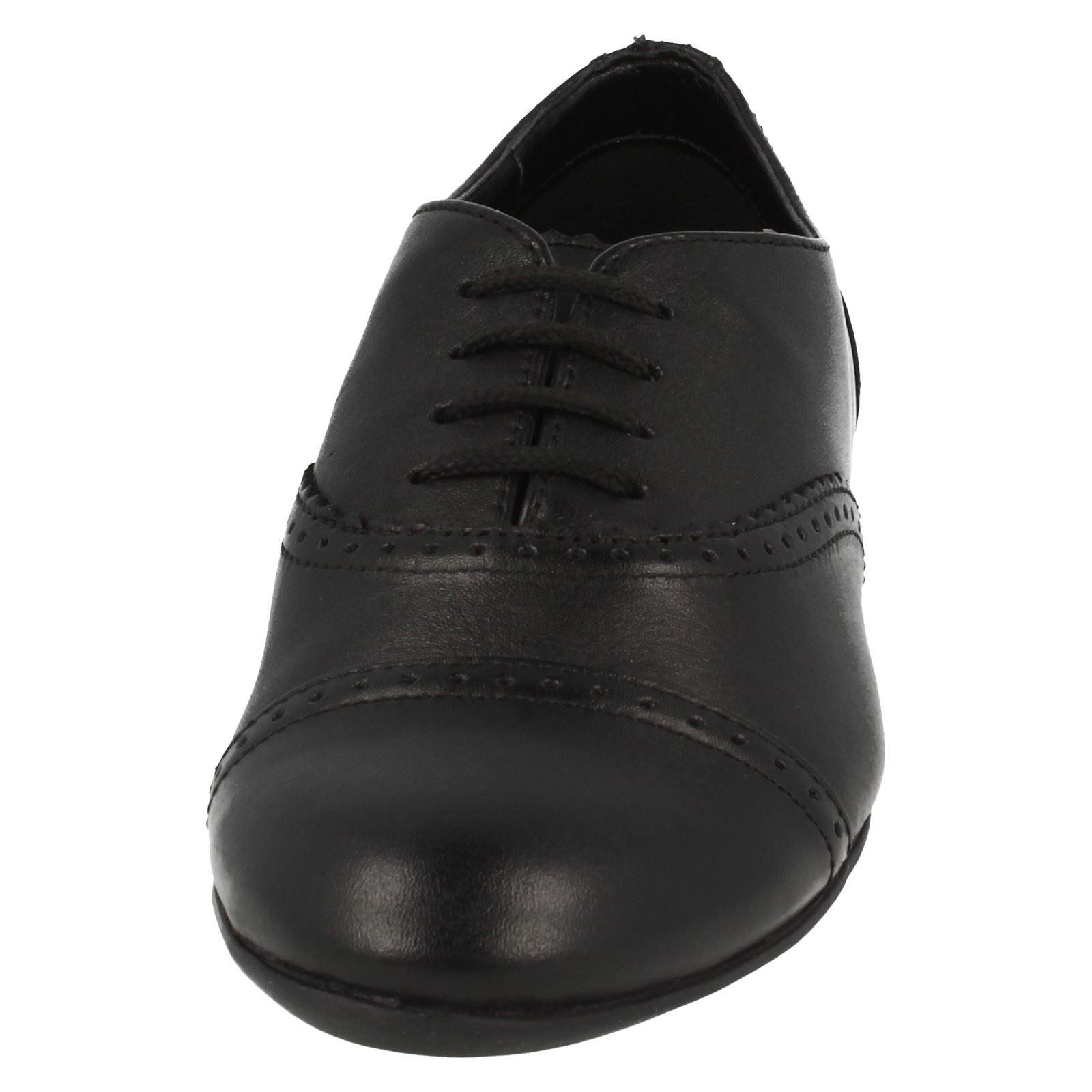 Clarks Filles Smart School Shoe Erica dentelle