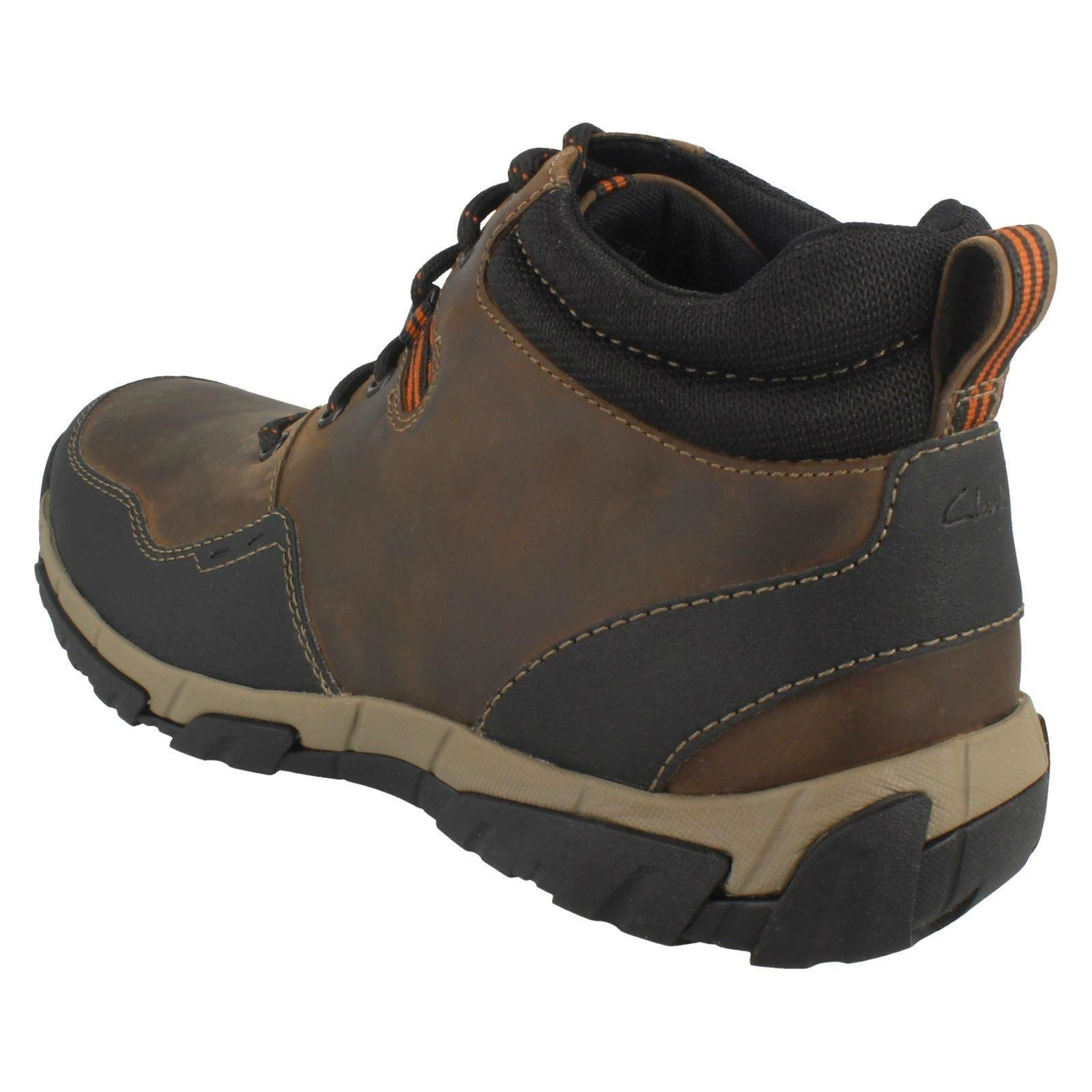 Mens Clarks Rounded Toe Lace Up Weatherproof Casual Boots Walbeck Top II