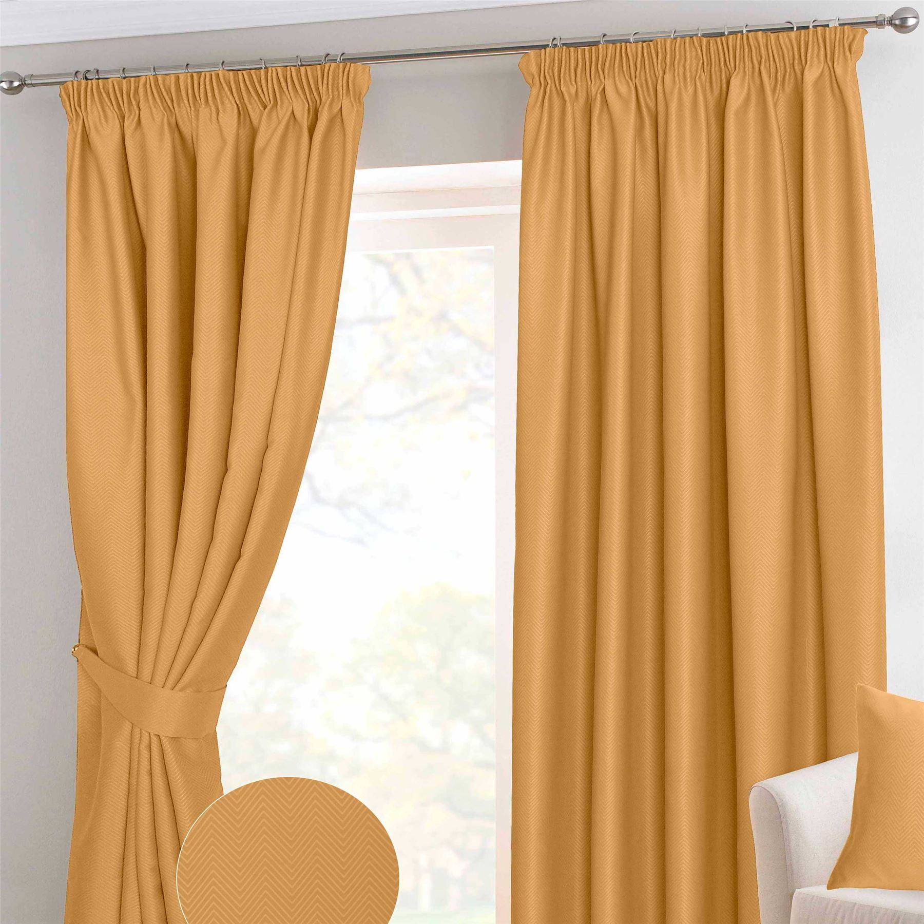 Blackout pleated curtains