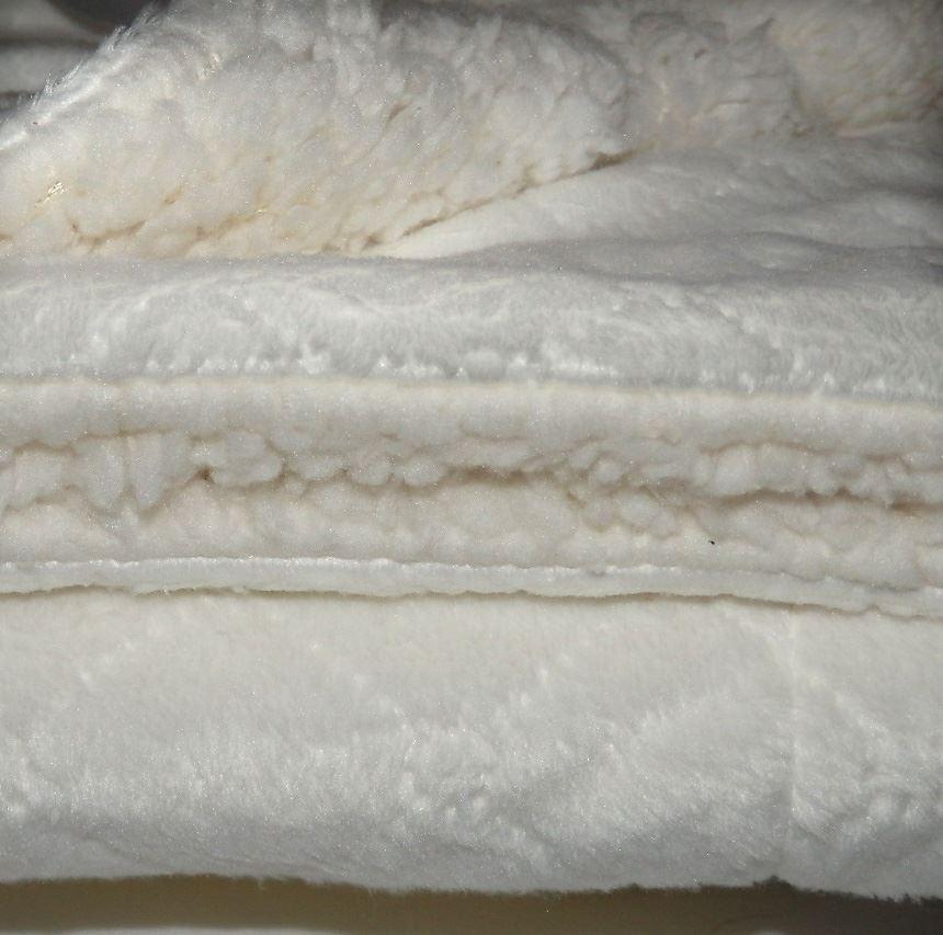 Diamond Embroidered Mink Sherpa Fleece Baby Blanket 100 x 75 pram crib moses