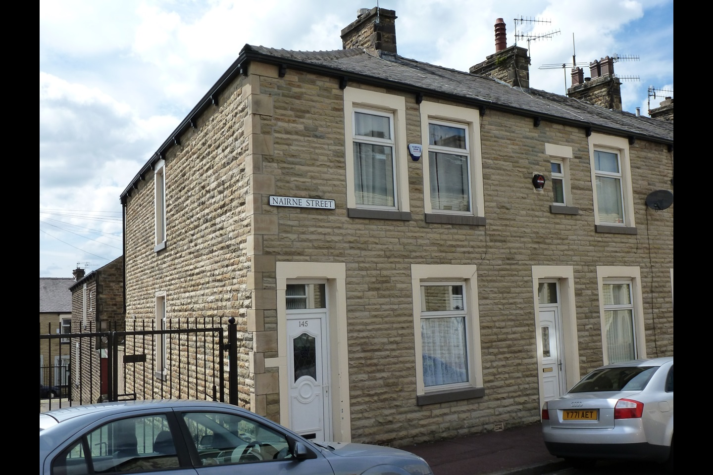 Burnley 3 bed end terrace nairne street bb11 to rent for Terrace street