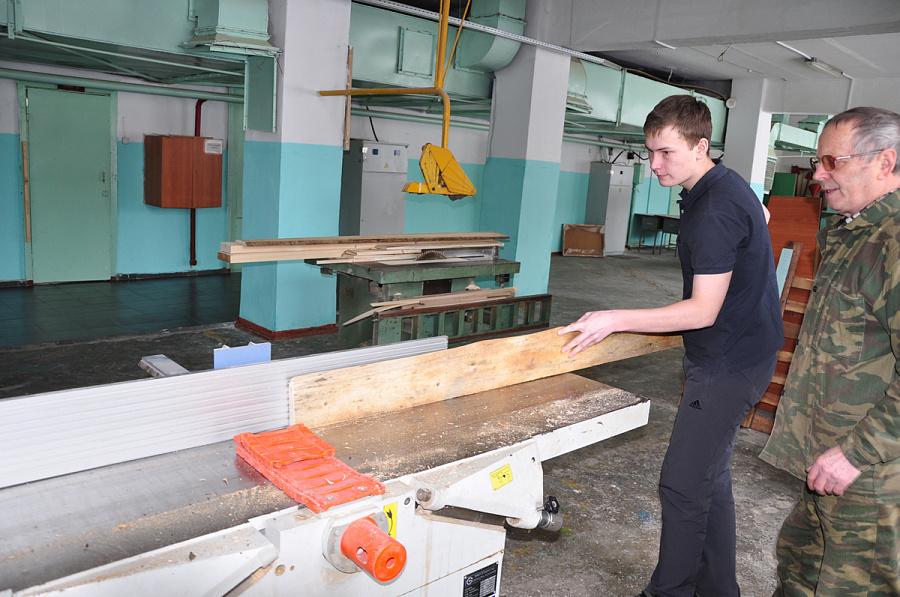 26012017 в кгб поу хабаровский промышленно-экономический техникум организована экскурсия и проведен