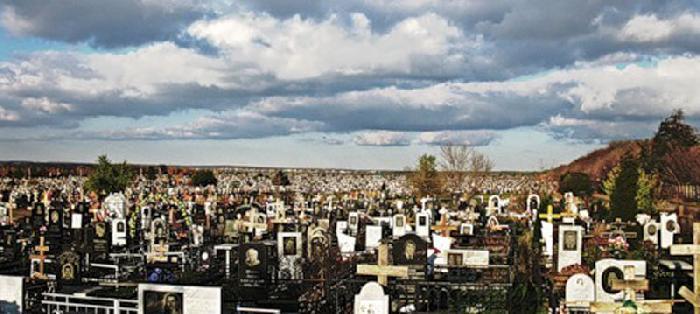 Картинки по запросу Самое большое  кладбище в России