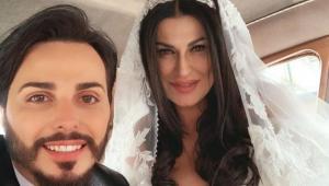 Tony Colombo e Tina Rispoli si sono sposati: a Napoli lungo corteo nuziale in carrozza