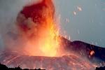 Nuova ERUZIONE dell'Etna, fuoriuscita di fontane di LAVA alte più di 100 metri. Resta attivo, al...