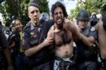 Mondiali, pesanti scontri a San Paolo Feriti 3 giornalisti, un arrestato