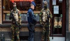 Bruxelles, ministro Interno: 'Lavoro non è finito'. Hollande: 'Intensifichiamo raid in Siria'