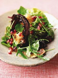 Candied bacon green salad
