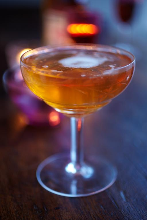 charlotta champagne cocktail