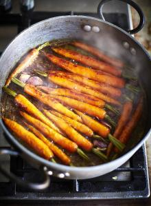 Sweet glazed carrots