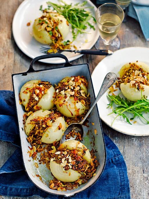 Roast mejadra onions