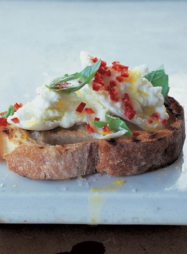 mozzarella and chilli crostini