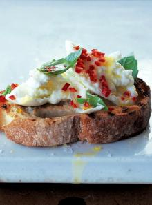 Crostini - buffalo mozzarella and chilli