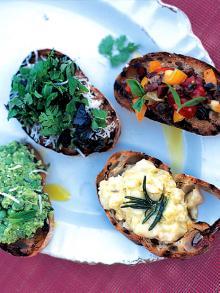 Crostini - tomato and olives