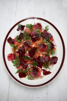 Fresh smoked salmon and beetroot salad