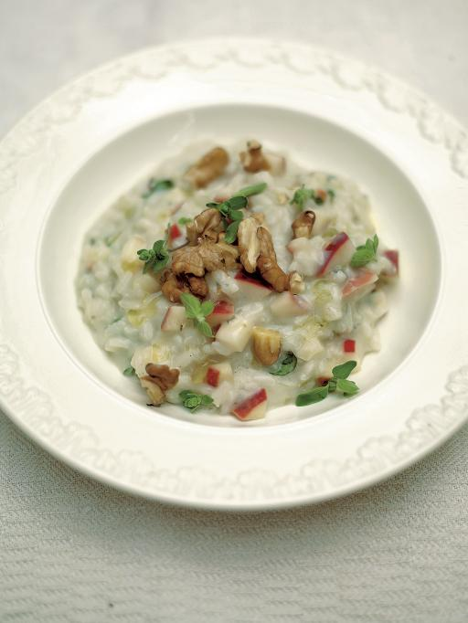 apple and walnut risotto