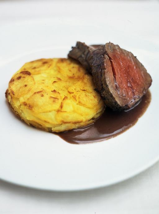 pot roast beef with horseradish cake