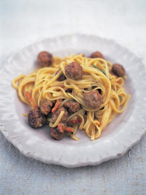 Sausage carbonara