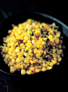 Stir-fried corn with chilli, ginger, garlic and parsley
