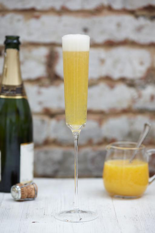 Peach Bellini | Uncategorised | Jamie Oliver Recipes