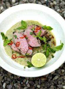 Barbecued leg of lamb with Thai green spices