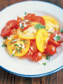 Summer tomato and horseradish salad