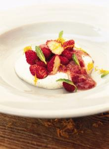 Wild strawberries and vanilla cream