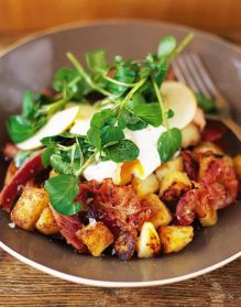 Pancetta hash with eggs and apple salad