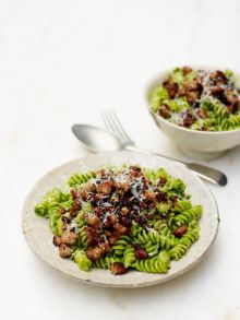 Wonderful wild garlic and sausage fusilli