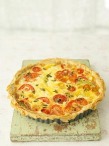 Late summer tomato tart